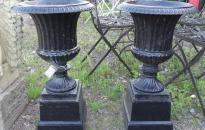 Garden Urns / Fountains